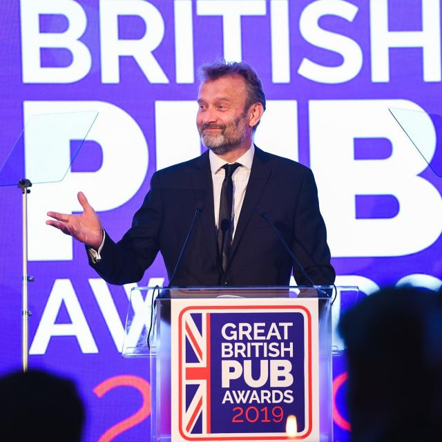 Great British Pub Awards 2019 hosted by Hugh Dennis at London's Royal Lancaster Hotel . . #hughdennis #britishcomedy #eventphotography #gbpa #funtimes #mocktheweek #london #comedian #eventprofslondon #nikonD850 #pubawards #funny #witty #lol #funnyguy #events #britishcomedians #industryswards #eventprofs #pub