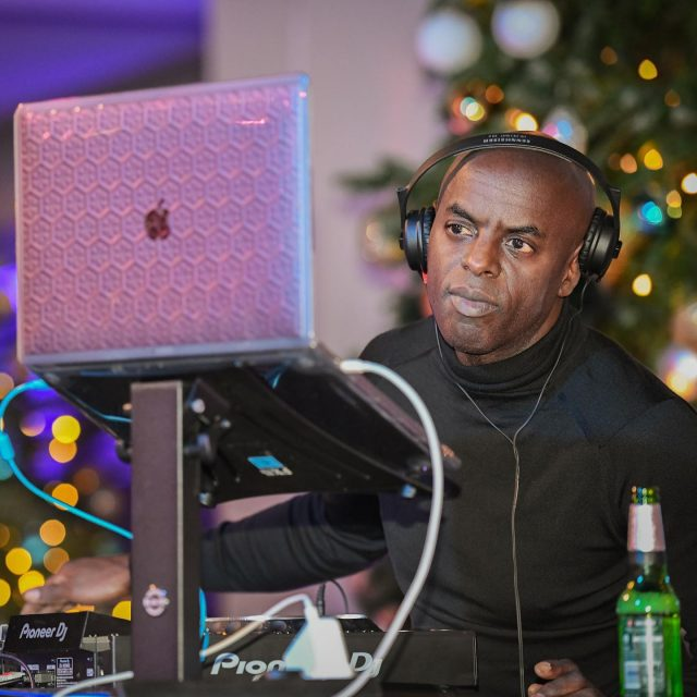It's party season! Time to loosen the tie and let your hair down. Here's a few snaps from last night as Trevor Nelson delights crowds at their festive party in London. . . #christmasparty #trevornelson #dj #london #workchristmasparty #christmastree #partyseason #ukparty #eventphotography #party #officeparty #djtrevornelson #dancefloor